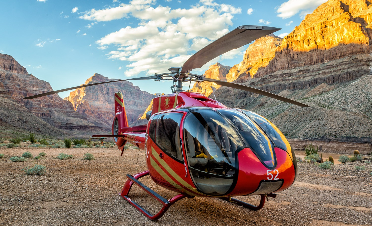 Grand Canyon Helicopter Flight with Landing